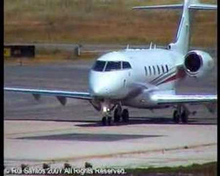 Private Bombardier BD-100-1A10 Challenger 300