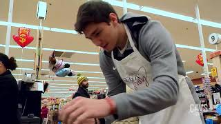 GHill and Cedi Surprise Holiday Grocery Shoppers - November 16, 2018