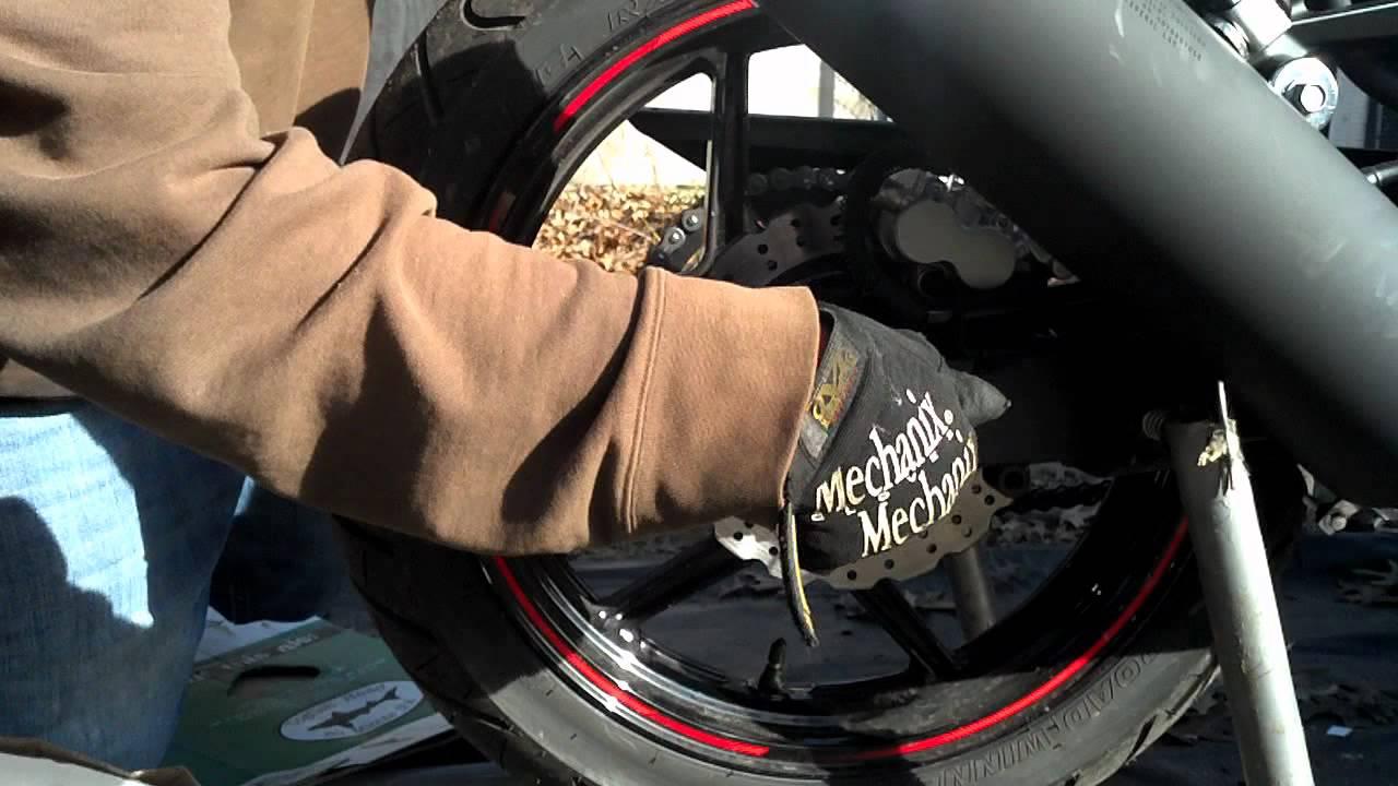 Kawasaki Ninja 250r Rear Tire Removal Youtube