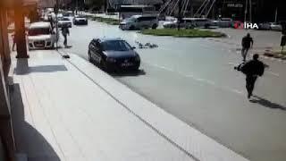 Çarptığı bisikletliyi sürükledi