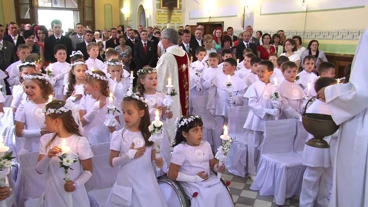 730249ebb7 19 maja 2013 Pierwsza Komunia Święta w naszej parafii - YouTube
