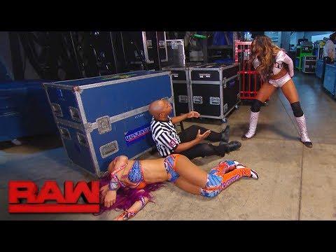 An incensed Alicia Fox ambushes Sasha Banks backstage: Raw, Oct. 16, 2017