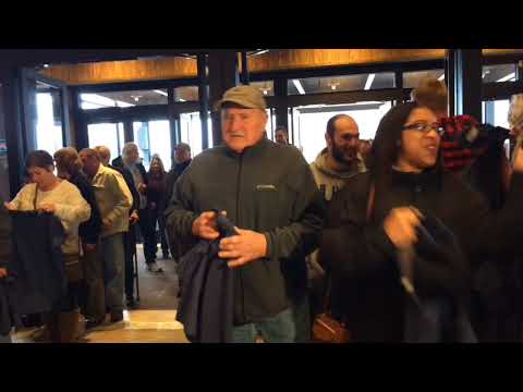 'A good day to win': Hundreds stream into Point Place Casino for opening (video)