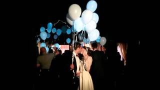 Светящиеся шарики на свадьбе.