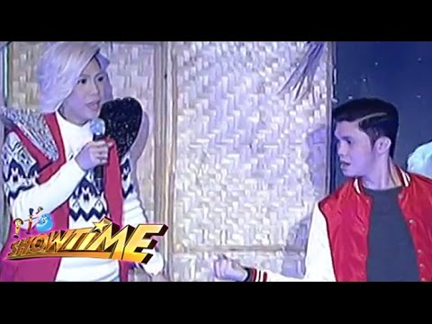 How Vice Ganda and Vhong play 'Sipa'