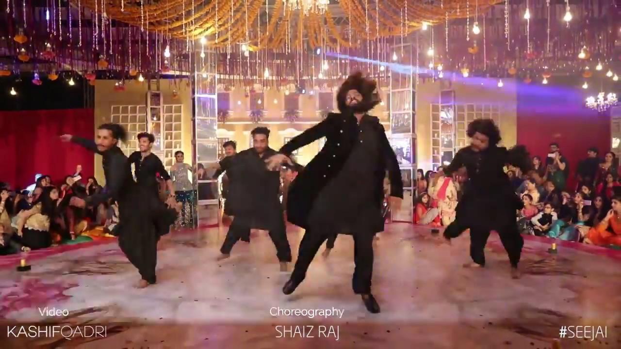 Download Khali Bali Dance Performance | Padmavati | Raveer Singh | Stunning Mehendi Dance