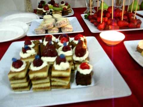 Mesa dulce para cumplea os en rosario cascada de chocolate for Decoracion para mesa dulce