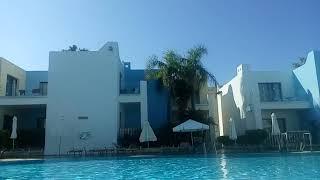 Босейн в нашем отеле на Кипре 1 день