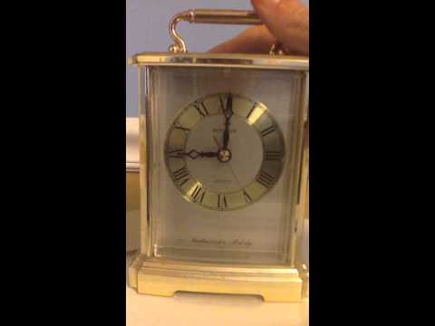 VINTAGE Bulova Brass Quartz Westminster Melody Miniature Mantel Clock B7454