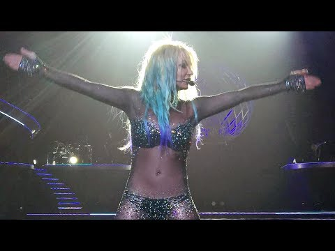 Britney Spears - NEW Mermaidney Footage! (08/08/15)