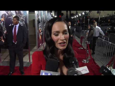 Megan Fox twirls her booty on the carpet at Jonah Hex Film Premiere
