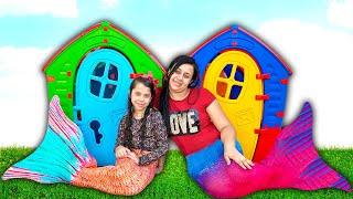 SARAH FINGE BRINCAR de SEREIA AQUÁTICA com a mamãe e ELOAH