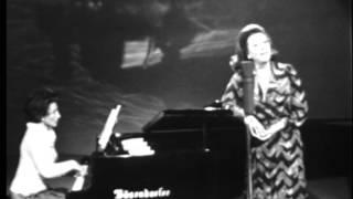 """Régine Crespin (soprano), Johannes Brahms: """"Dein blaues Auge"""", Op.59 No.8"""