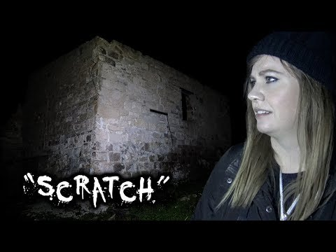SCARY AUSSIE Ghost Town AT NIGHT | Looking For Ghosts In Stenhouse Bay, South Australia