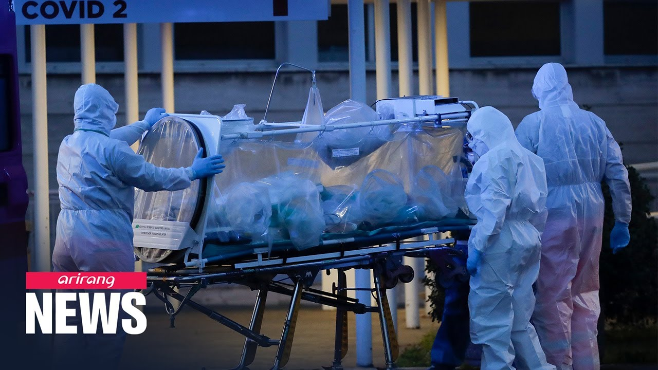 Italy confirms 3,233 new COVID-19 cases on Monday, total death toll at 2,158