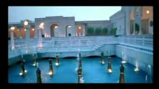 Hotels in Agra | The Oberoi Amarvilas | Located near the legendary Taj Mahal in India