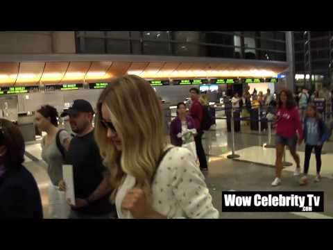 Rosie Huntington Whiteley Spotted Arriving To LAX Airport