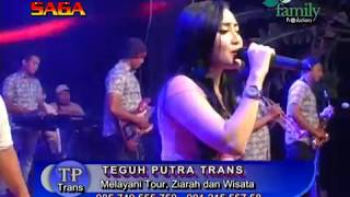 Download lagu PARAH AYU VAGANZA DIPELUK DAN CIUM PENJOGET NEKAT MP3