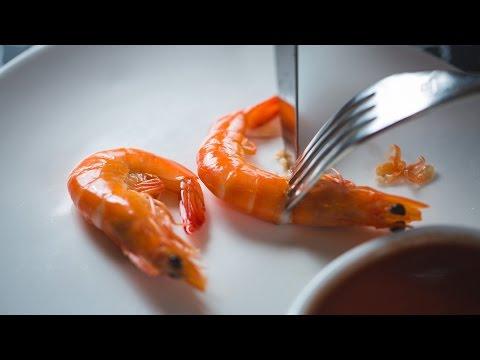 【约会餐桌礼仪】识用刀叉剥虾 必有分加