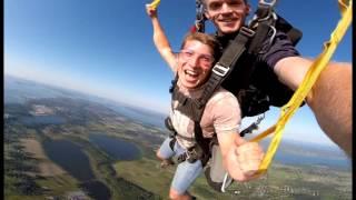 Cosmin Matei Skydiving