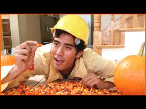 Download Youtube: Zach King  Halloween Magic Vines Collection - Best Magic Tricks Ever