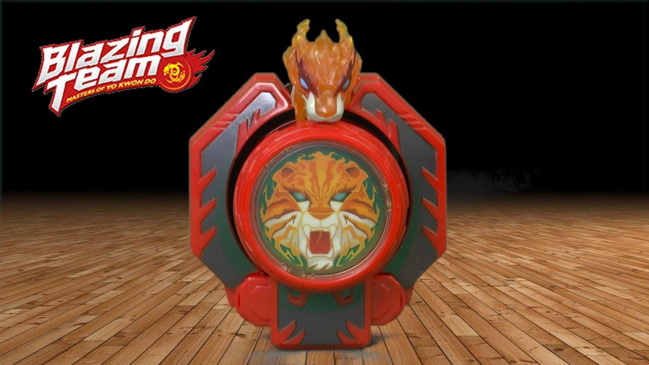 blazing team blazing tiger set yo yo from hasbro