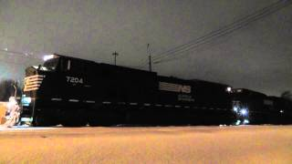 NS SD80MAC 7204 and 7213 Idle and Power up!! deep drone!