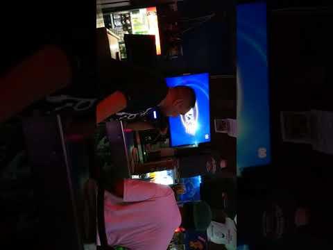 Karaoke in Honolulu