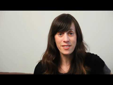 Laurie Sandell discusses her new graphic memoir, T...