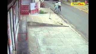 ÀPlaine-des-Papayes: l'agression d'un commerçant filmée sur vidéo