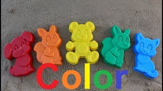 Learn colors with toys with shovels funny animals