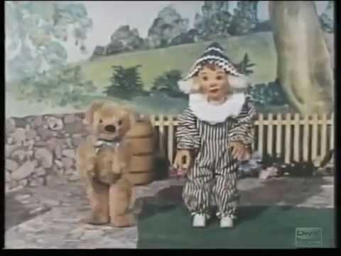 Random Movie Pick - Andy Pandy (1970s-80s) Intro & End theme YouTube Trailer