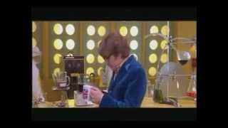 vuclip Austin Powers - It's a bit nutty