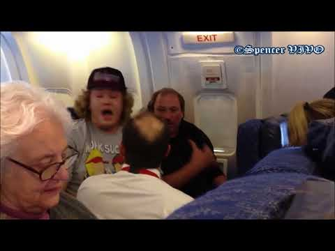 Drunk Passenger in American Airline | Thrown Out !!
