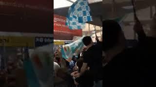 Napoli, cori contro la Juventus a Piazza Garibaldi