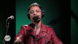 "José James performing ""Closer"" Live on KCRW"