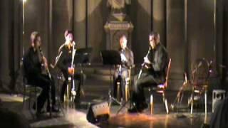 Variazioni su tema di Paganini K Wilson Quartetto CLATINETiTiS