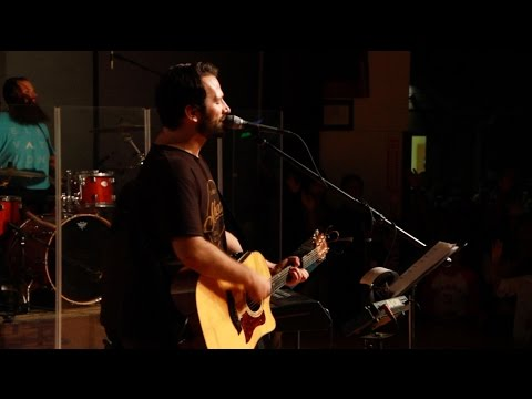 YWAM Kona Worship Moment: Seth Yates + Todd White - You Won't Relent