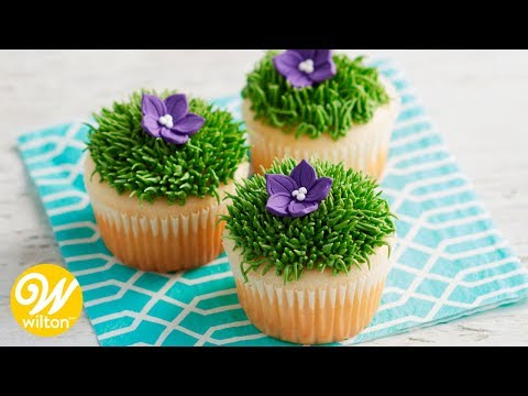 How To Use A Grass Tip For Making Buttercream Grass And Fur