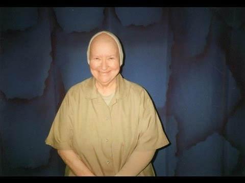 """I Do Not Want to Die in Prison"": Cancer-Stricken Lawyer Lynne Stewart Seeks Compassionate Release"