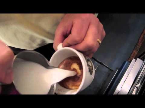 The Art of Cappuccino: Er Baretto in Rome