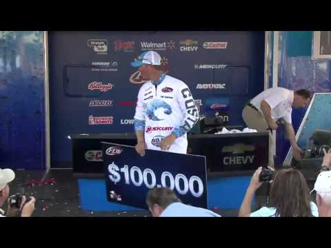 2014 Walmart FLW Tour at Lake Hartwell - Casey Ashley Winning Moment