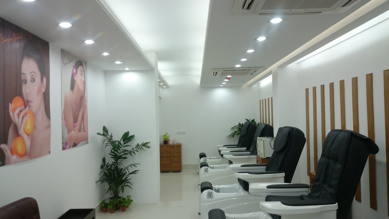 Beauty parlour/salon interior design-2017