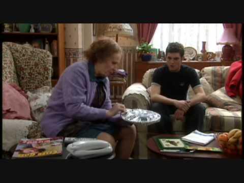 Catherine Tate Show Nan Meals On Wheels & Pound Shop