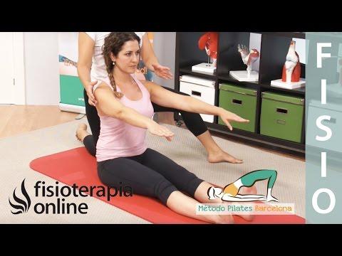Aprende Pilates - Estiramiento hacia delante de la columna