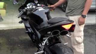 2006 Yamaha R1 (STOCK VS. TOCE EXHAUST)