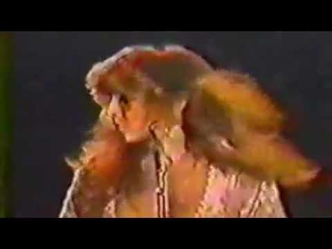 Stevie Nicks - Edge of Seventeen [Original unreleased video]