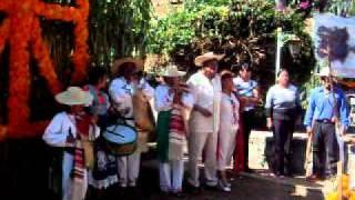 Apúpato tradiciones en el día de muertos 2010.Huecorio municipio de Pátzcuaro, Michoacán