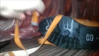 видео Купить женские сапоги Stuart Weitzman с доставкой от производителя. Сапоги  Stuart Weitzman по выгодным ценам.