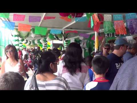 Luanda International School's 2013 Open House - International Day!